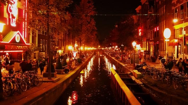 Visita el barrio rojo de Amsterdam