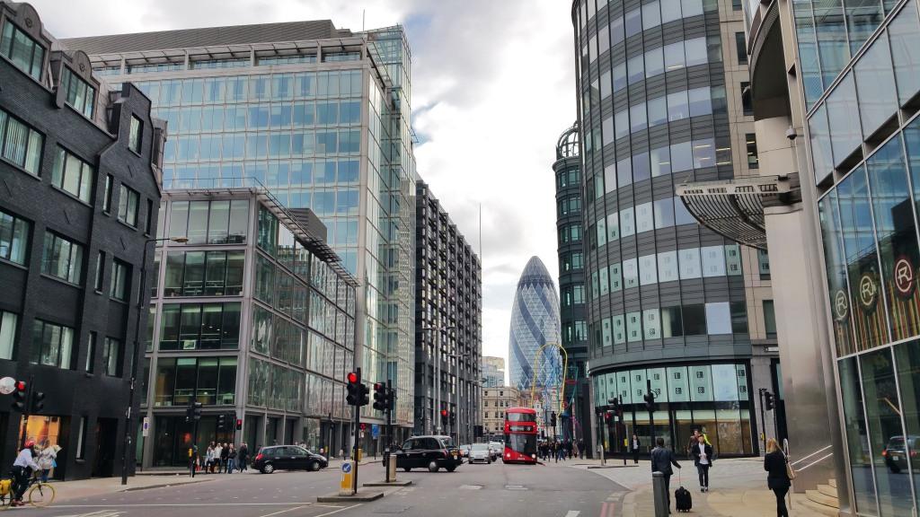 Pasear por EL distrito financiero de Londres es gratis, animate a conocer esta parte de la ciudad.